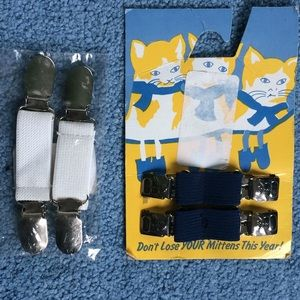 Mitten clips Glove keepers NWOT